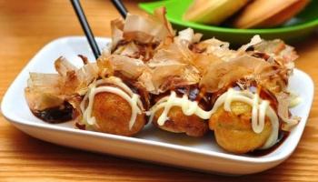 Takoyaki Là Gì? 6 Bước Làm Bánh Takoyaki Đơn Giản Tại Nhà Cực Ngon